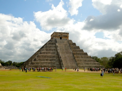 Temple of Kukulkan. Chichen Itza, Mexico.